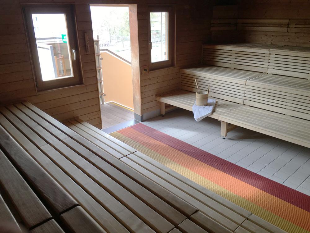 sauna freizeitzentrum ybbs. Black Bedroom Furniture Sets. Home Design Ideas